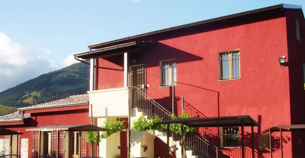 Azienda Agrituristica Il Canneto Masseria Blasi in località Galaino